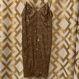 Gianni Bini bronze/gold sequined party dress!
